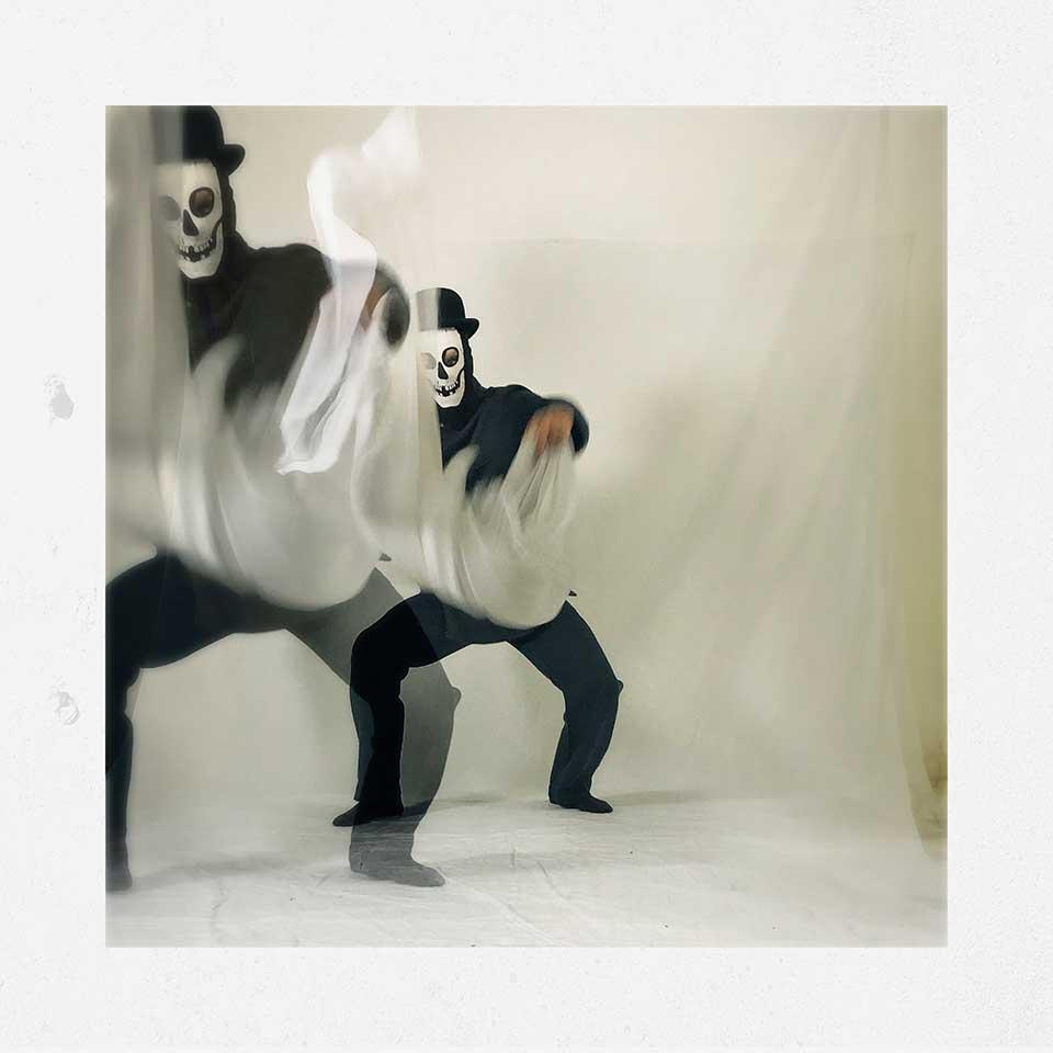 Guido-Cubo-Quadro-Into-White-09