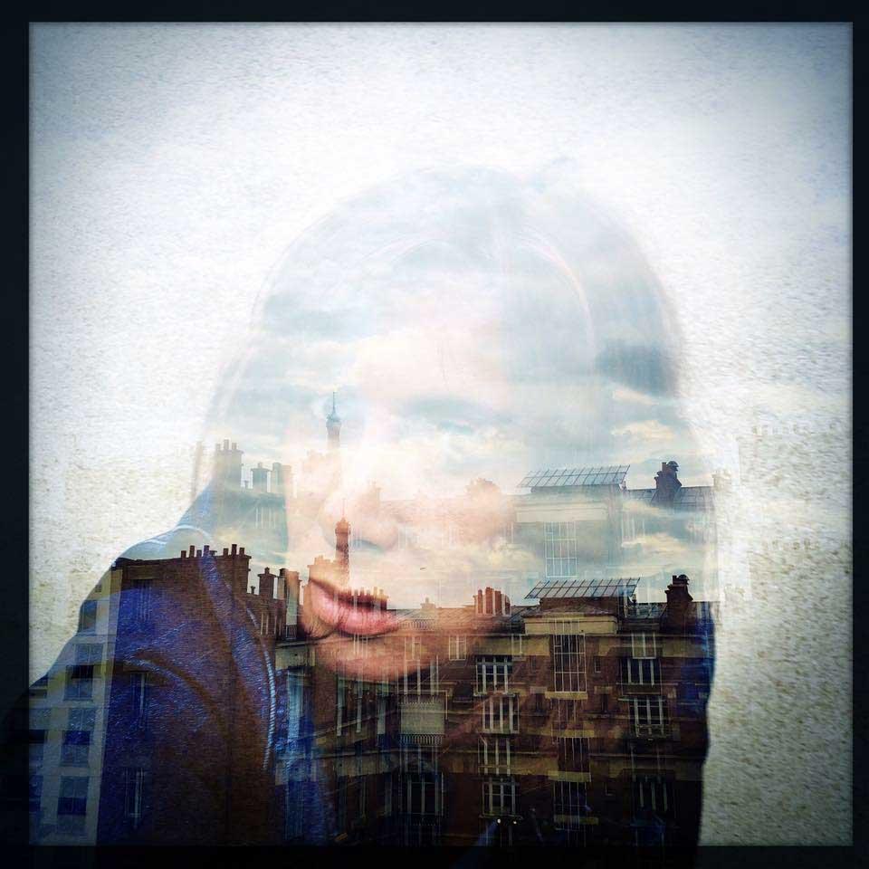 Anita-Elle-Umbrellas-Paris-portrait