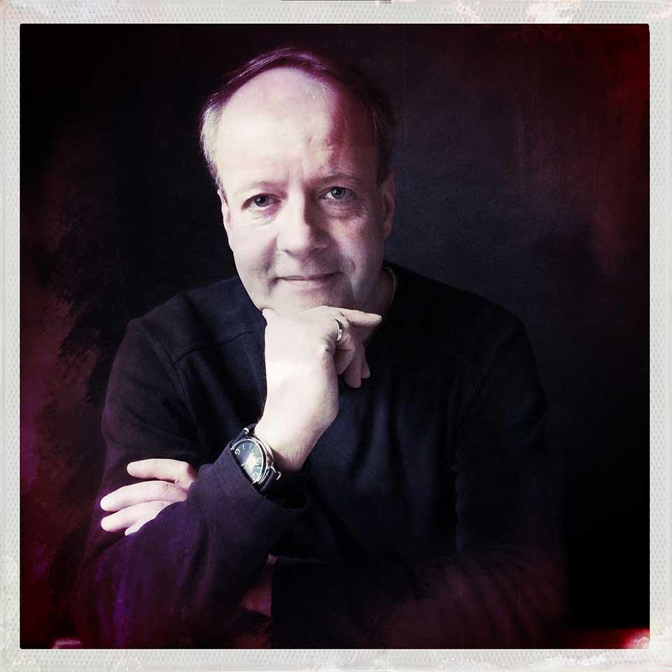 Florian-Bilges-Dark-portrait