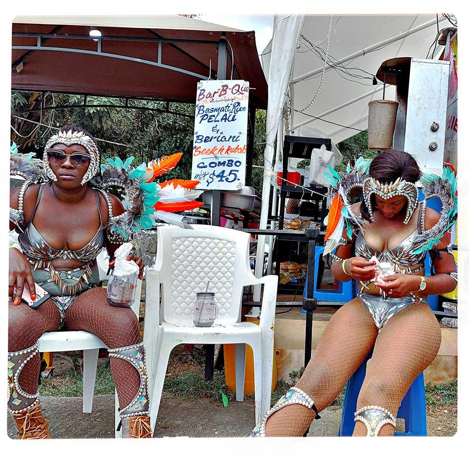 Christine-Mignon-Carnival-in-Trinidad-03
