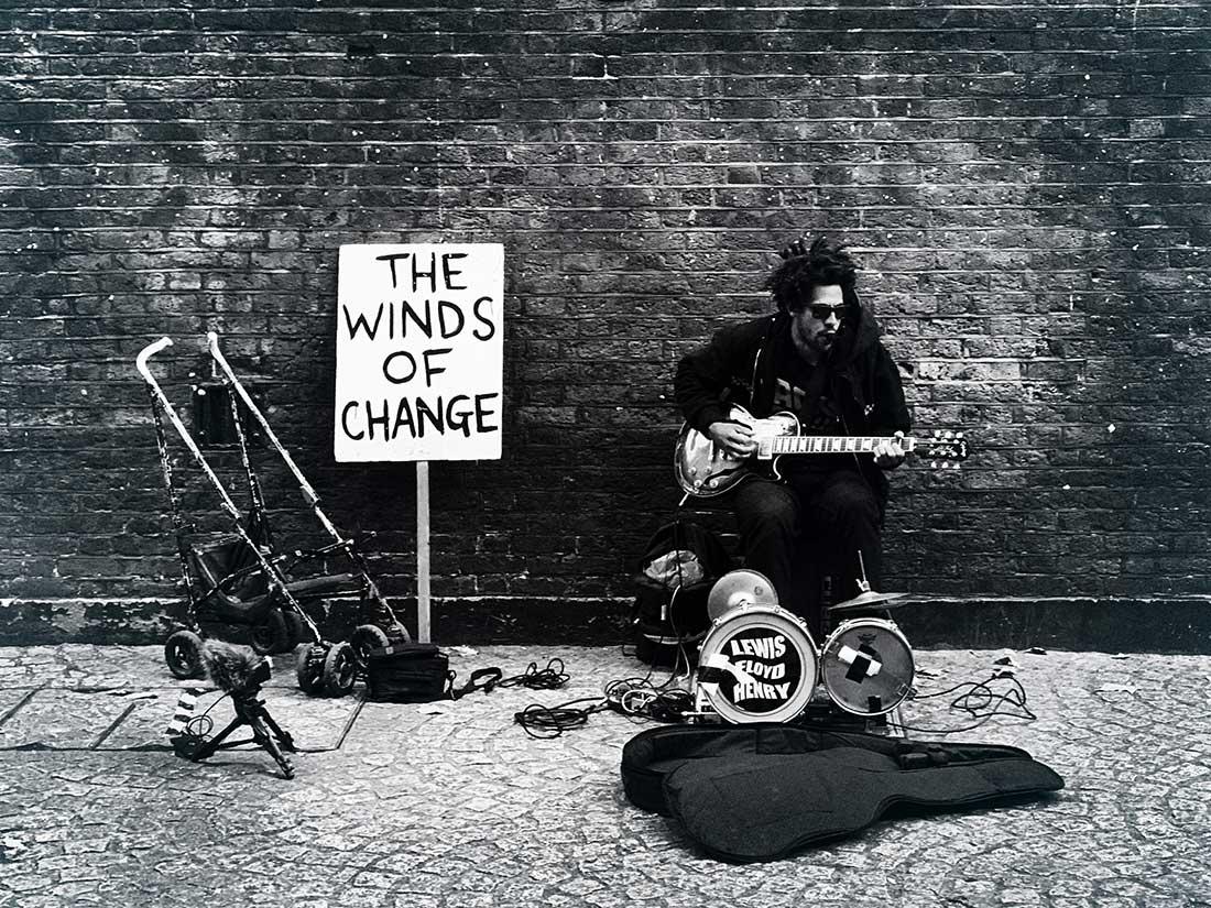 Carlos-Da-Costa-London-Streets-Wanderer-09